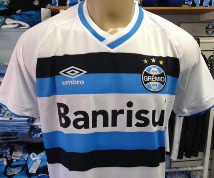 Vazam na Web fotos das novas camisas do Grêmio - Sangue Azul af6b802ca984a