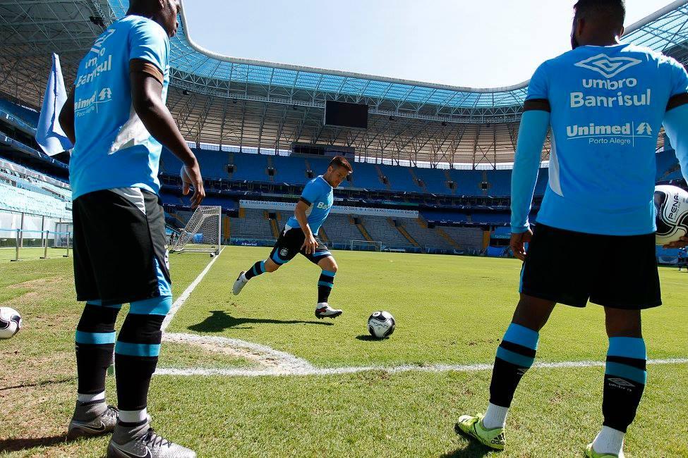 Veja os relacionados do Grêmio para amistoso e jogo-treino deste ... c837b12ae47aa