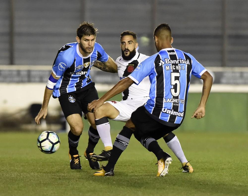 Derrotas nos últimos quatro jogos fora reforçam cuidados ao Grêmio ... cc7817c3a6776